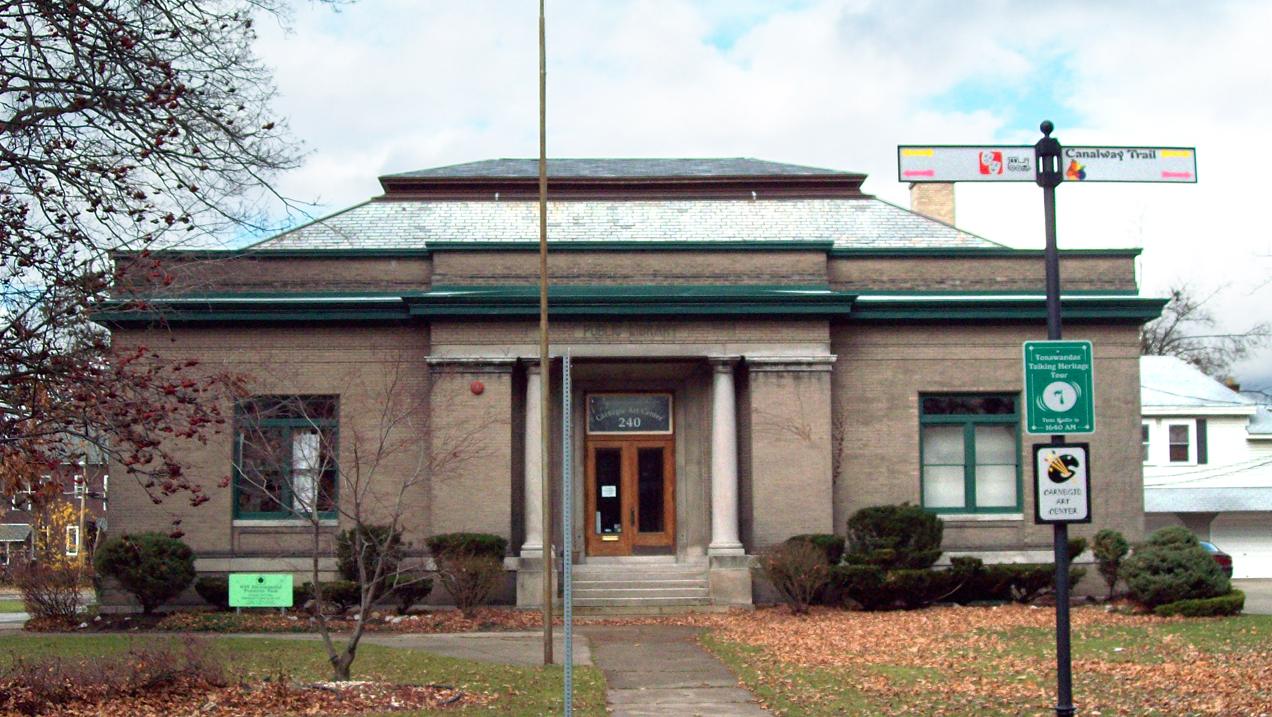 North_Tonawanda_Carnegie_Library_Nov_08